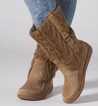 Shop American Eagle Outfitters for men's and women's jeans, T's, shoes and more. All styles are available in additional sizes only at techclux.gq