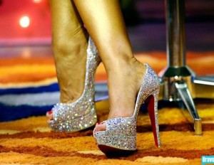 sparkle nike shoes | My Style | Pinterest